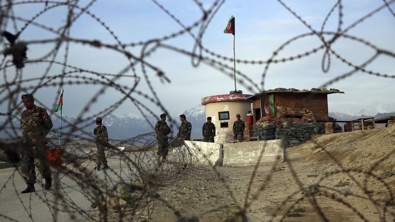 Căn cứ lớn nhất của Mỹ ở Afghanistan hứng 5 quả rocket - ảnh 2