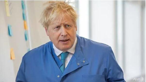 Thủ tướng Johnson hết sốt, đi lại được, nhưng Anh xấu thêm - ảnh 1