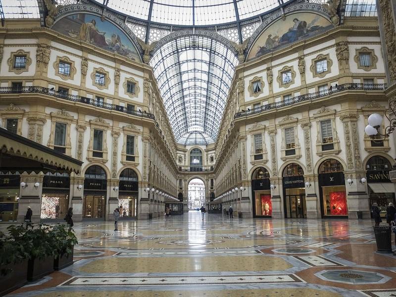 COVID-19 Ý: Sáng thêm mỗi ngày, y tế-kinh tế chỏi vụ phong tỏa - ảnh 2