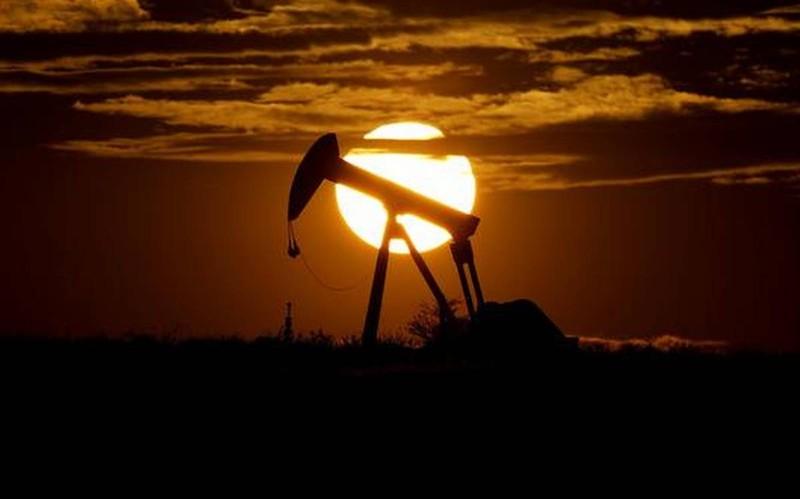 Phân tích, dự đoán từ việc giá dầu giảm kỷ lục xuống âm  - ảnh 1