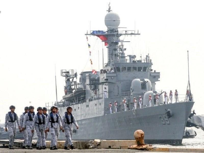 Manila dịu giọng vụ Trung Quốc chĩa súng radar tàu Philippines - ảnh 1