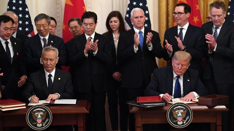 Ông Trump dọa hủy bỏ thỏa thuận giai đoạn một với Trung Quốc - ảnh 1