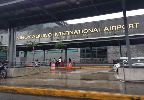 Cách ly quá tải, Philippines ngưng mọi chuyến bay thương mại - ảnh 1