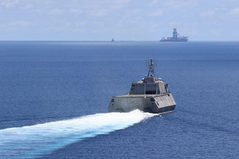 Mỹ tiếp tục điều tàu chiến ngăn tàu Trung Quốc ở Biển Đông - ảnh 2