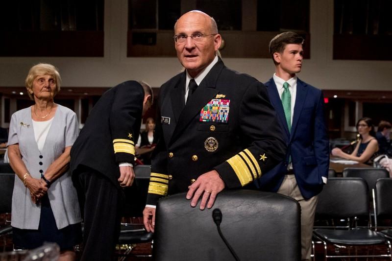Phó tổng thống, đô đốc hải quân Mỹ tự cách ly vì COVID-19 - ảnh 2