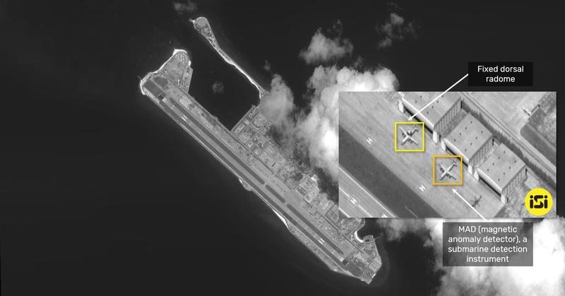 Ảnh vệ tinh: Trung Quốc tăng cường đưa máy bay ra đá Chữ Thập - ảnh 1