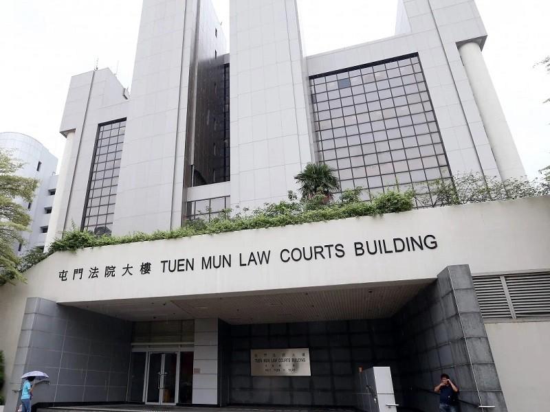 Hong Kong: Sinh viên mang 5 quả bom xăng bị phạt tù 1 năm - ảnh 2