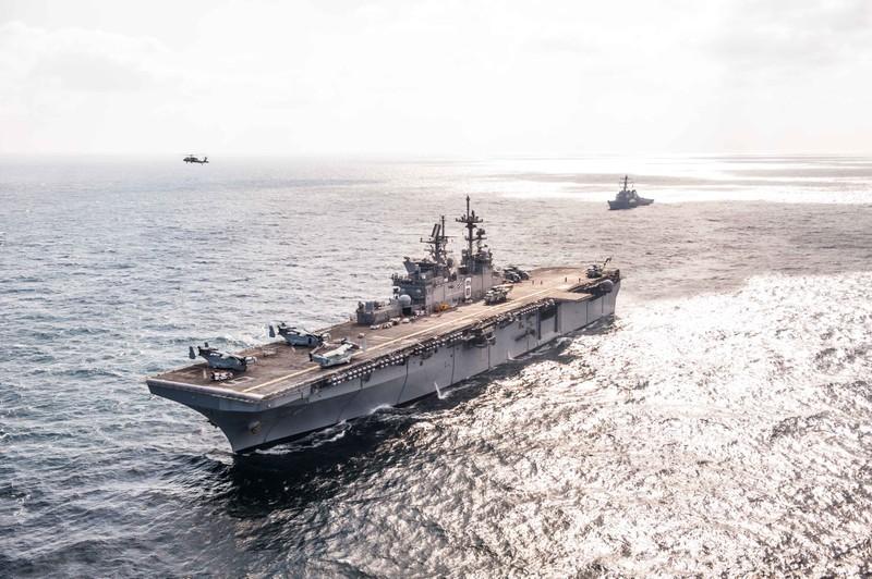 Báo cáo: Mỹ lấy tiền đóng tàu chiến để xây tường biên giới - ảnh 2