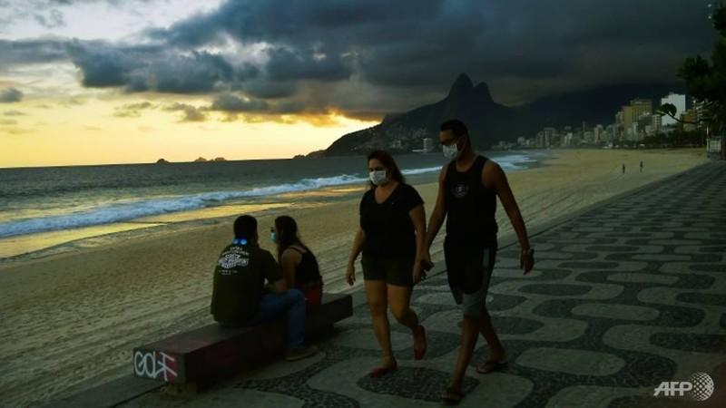 Nhiễm tăng chóng mặt, Brazil thành ổ dịch lớn thứ hai thế giới - ảnh 1