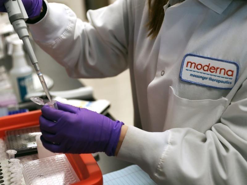 Mỹ: Tháng 7 thử nghiệm vaccine COVID-19, tháng 12 sản xuất - ảnh 1