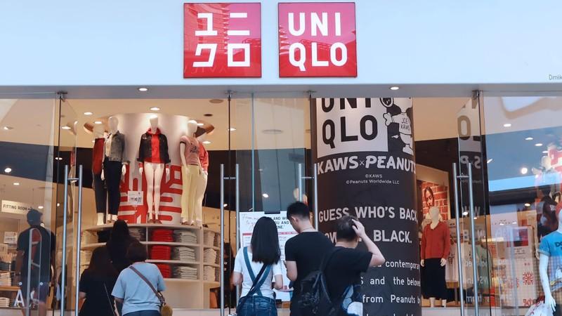 Uniqlo chuẩn bị mở bán khẩu trang làm từ vải nội y  - ảnh 1