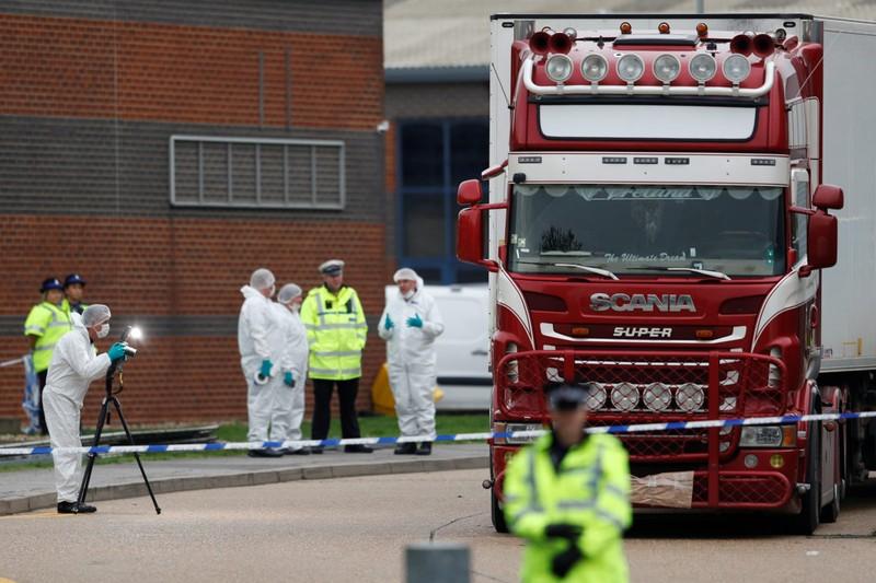 Vụ 39 người Việt chết trong xe tải: Pháp, Bỉ bắt 26 nghi phạm  - ảnh 1