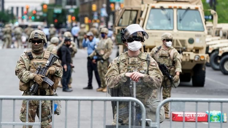 58% người Mỹ ủng hộ để quân đội giải quyết biểu tình - ảnh 1