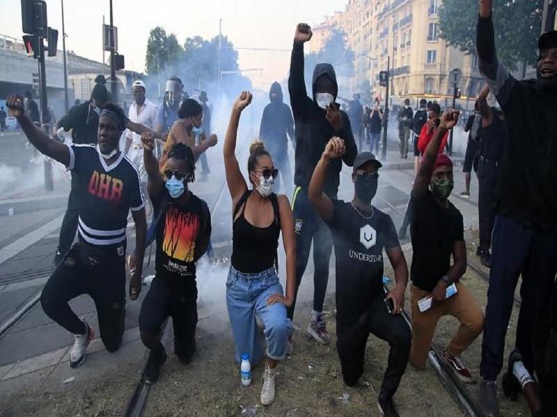 Pháp: Biểu tình vụ thanh niên da đen chết tại đồn cảnh sát  - ảnh 1