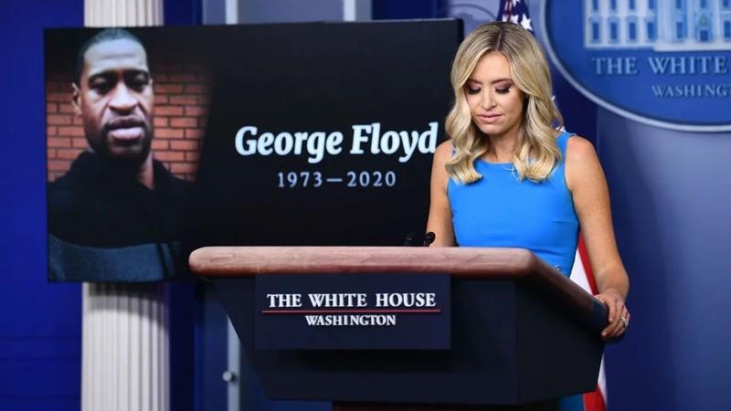 Nhà Trắng: Ông Trump chưa có lệnh sa thải Bộ trưởng Quốc phòng - ảnh 1