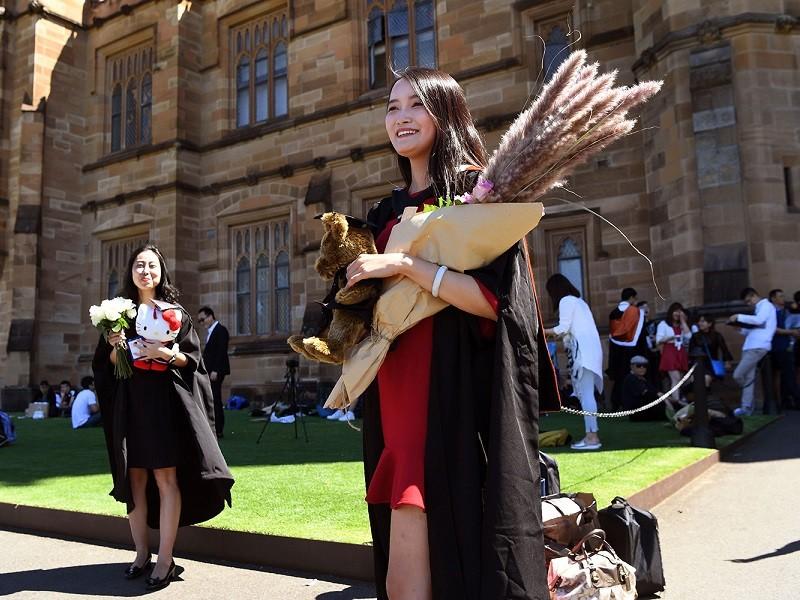 Sau cảnh báo du lịch, Trung Quốc khuyến cáo sinh viên tránh Úc - ảnh 1