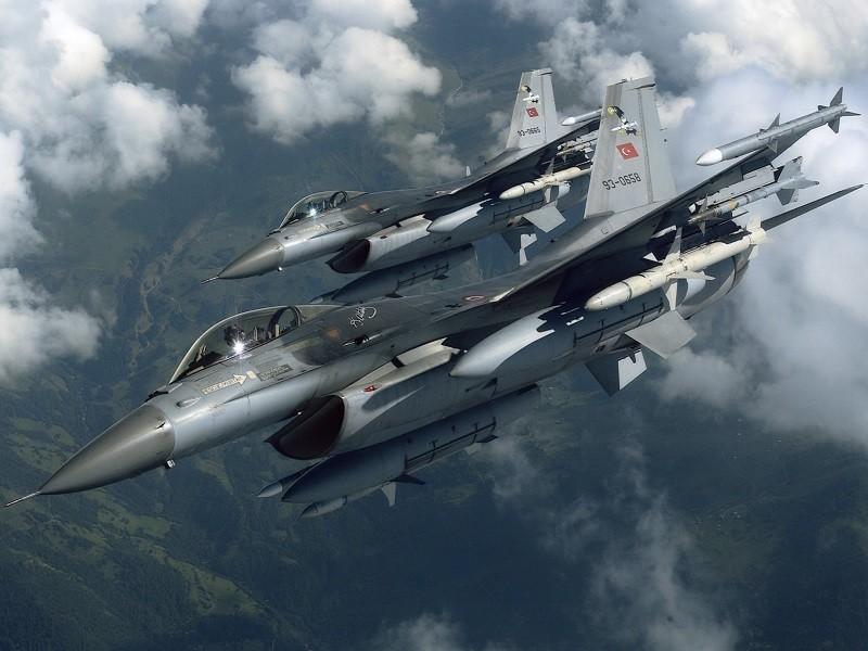 Thổ Nhĩ Kỳ không kích thành trì của người Kurd ở Iraq - ảnh 1