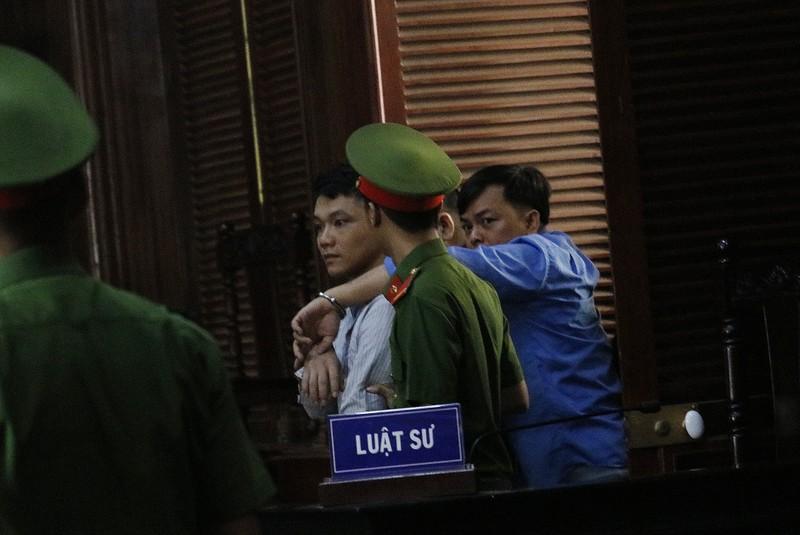 Toàn cảnh phiên tòa xử Phúc XO và 12 đồng phạm - ảnh 1