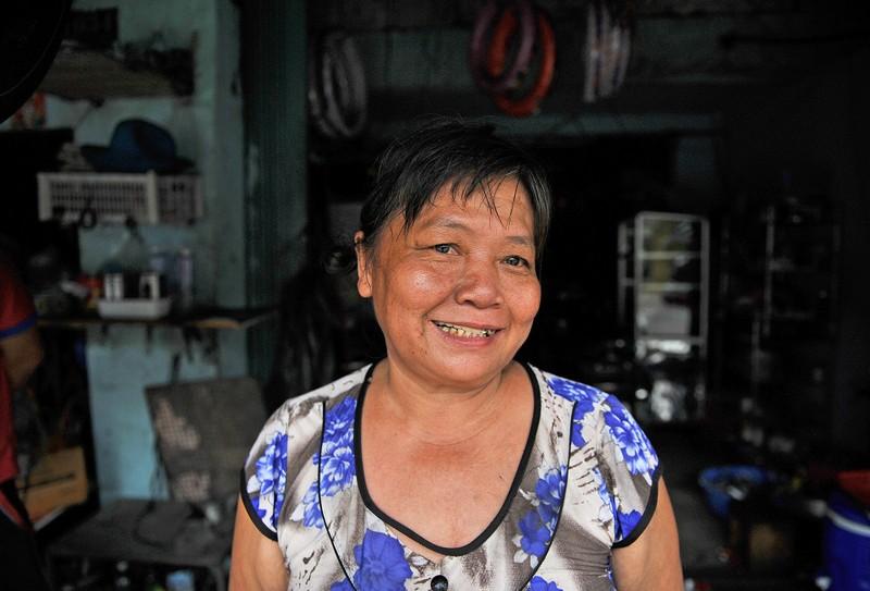Người phụ nữ gần nửa thế kỷ sửa xe ở Sài Gòn - ảnh 12