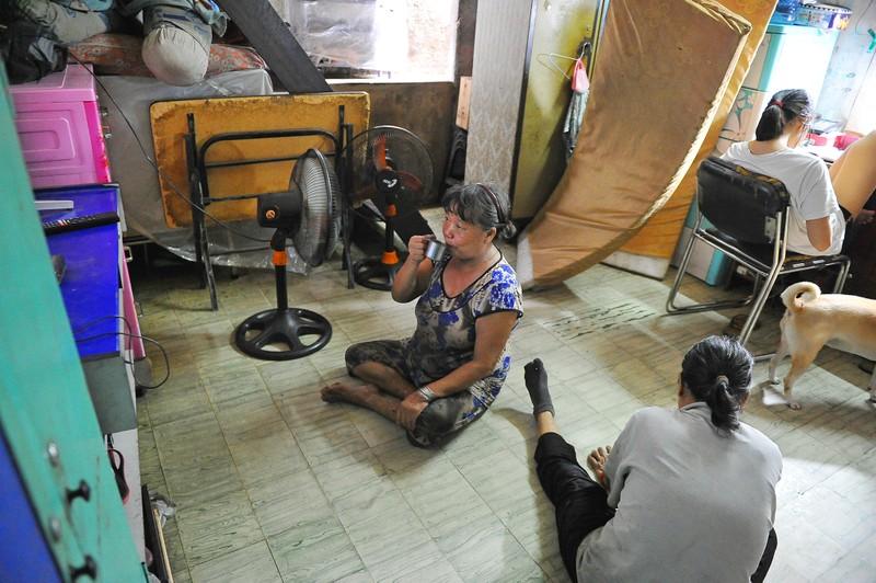 Người phụ nữ gần nửa thế kỷ sửa xe ở Sài Gòn - ảnh 11