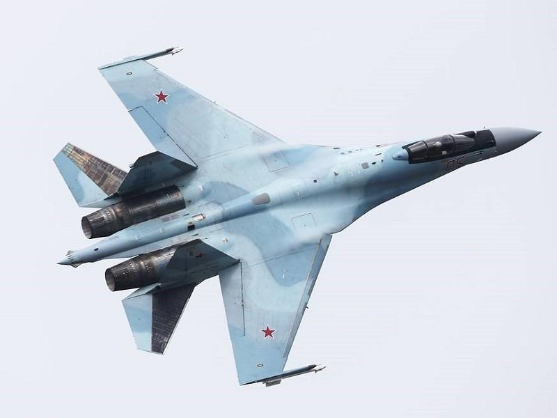Đến lượt Nga chặn B-52 của Mỹ bay gần vùng Viễn Đông - ảnh 1