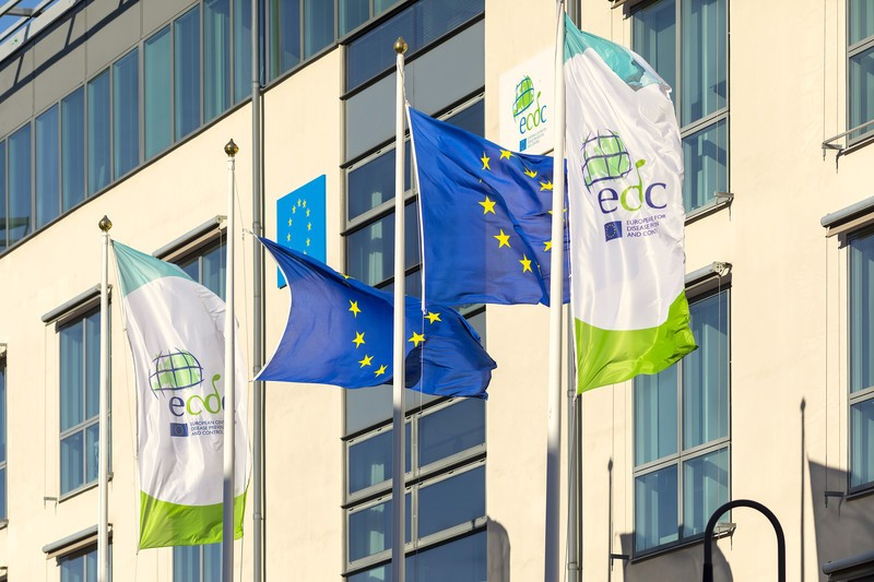 Châu Âu nói không 'xuất khẩu' dịch COVID-19 trở lại Trung Quốc - ảnh 1