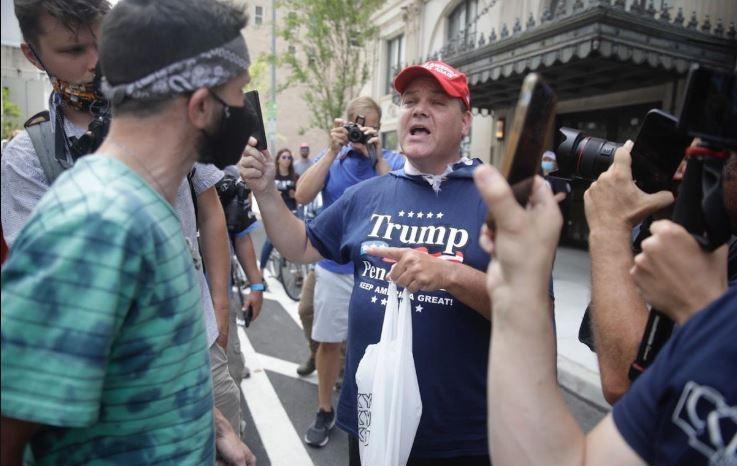 Bất chấp COVID-19, ông Trump tái khởi động tranh cử - ảnh 5