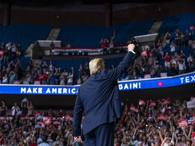 Bất chấp COVID-19, ông Trump tái khởi động tranh cử - ảnh 6
