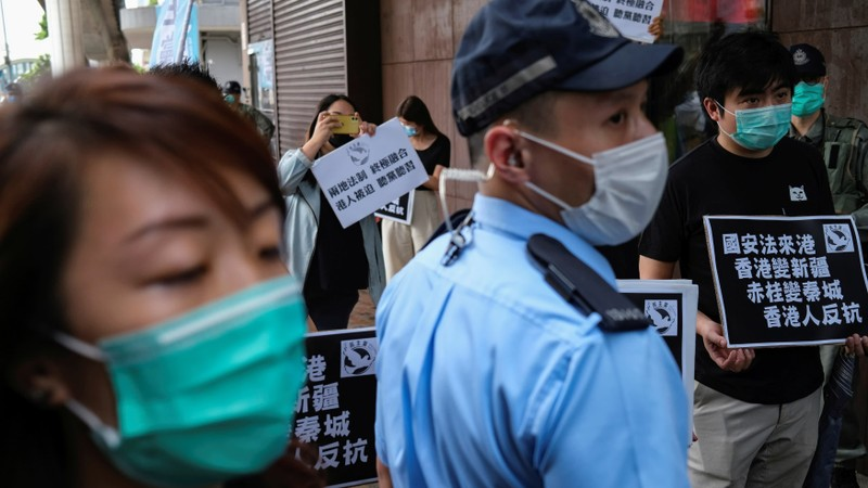 Trung Quốc sắp họp khẩn nhằm ban hành luật an ninh Hong Kong  - ảnh 1