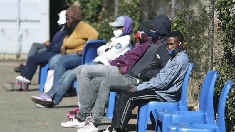 Châu Phi sẽ bị bỏ rơi trong cuộc đua tìm vaccine COVID-19? - ảnh 1