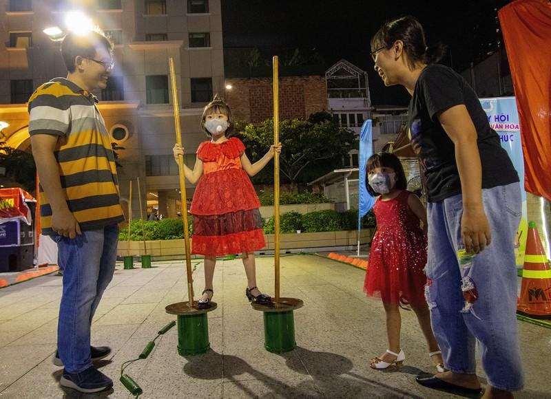 Tưng bừng Ngày hội gia đình trên phố đi bộ Nguyễn Huệ  - ảnh 11