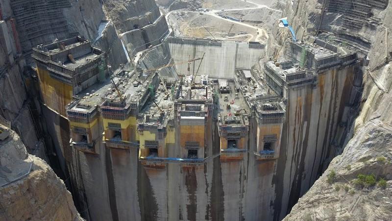 Trung Quốc vận hành siêu đập thủy điện cao gấp rưỡi Tam Hiệp - ảnh 2