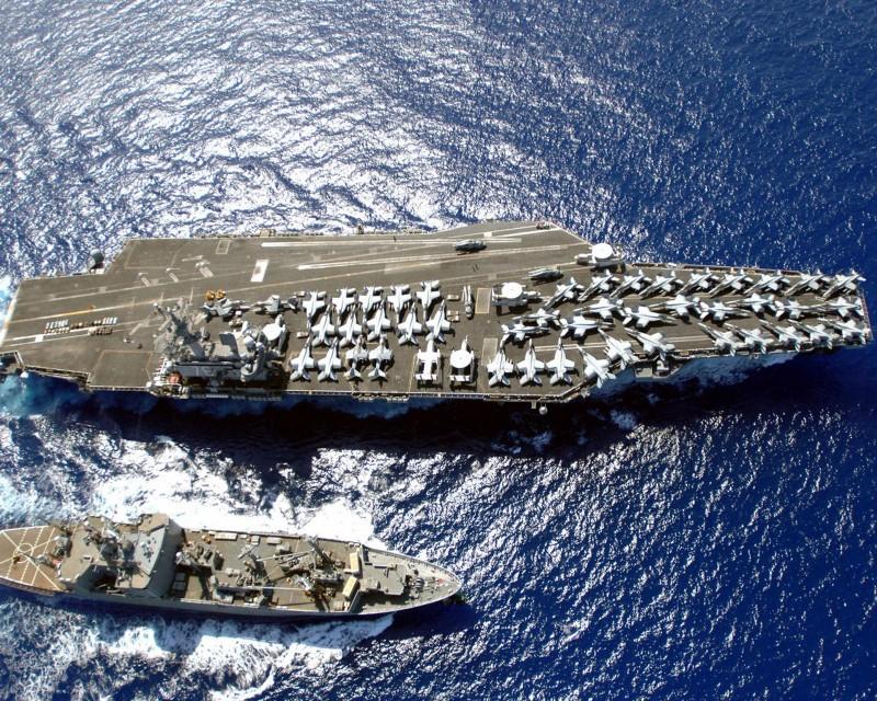 Mỹ đưa hai tàu sân bay, nhiều tàu chiến vào Biển Đông tập trận - ảnh 1