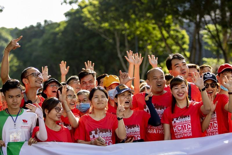 20.000 người tham gia chạy Olympic cấp thành phố - ảnh 12
