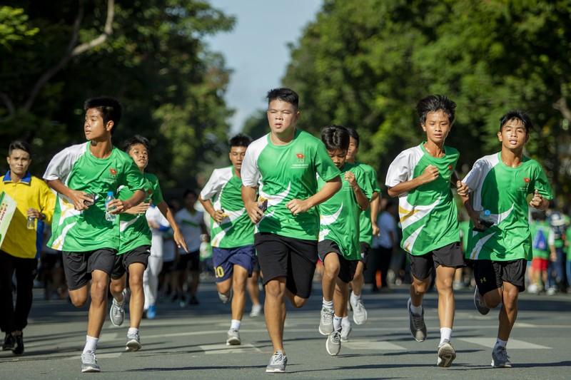20.000 người tham gia chạy Olympic cấp thành phố - ảnh 7