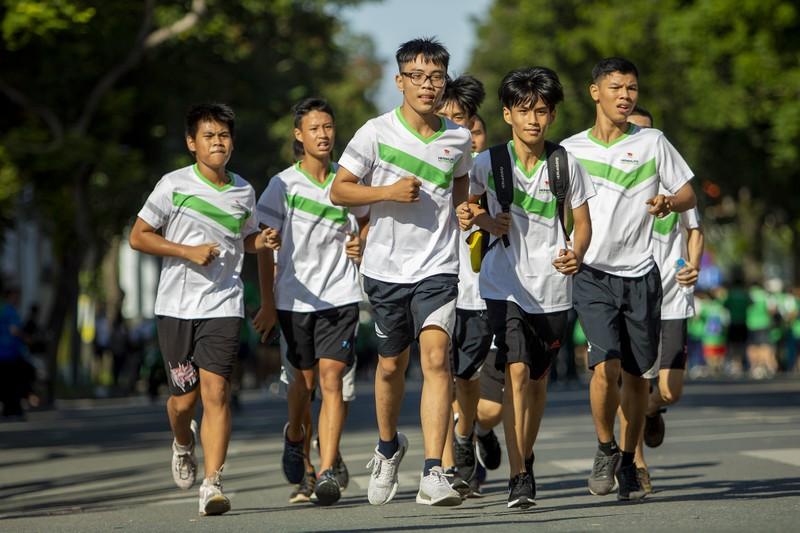 20.000 người tham gia chạy Olympic cấp thành phố - ảnh 9