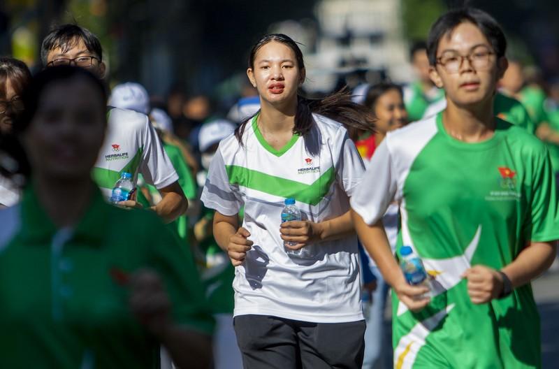 20.000 người tham gia chạy Olympic cấp thành phố - ảnh 4
