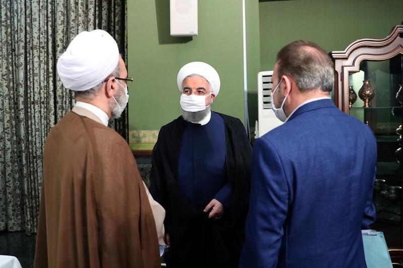 Iran cấm tổ chức đám cưới để chặn COVID-19 lây lan - ảnh 1