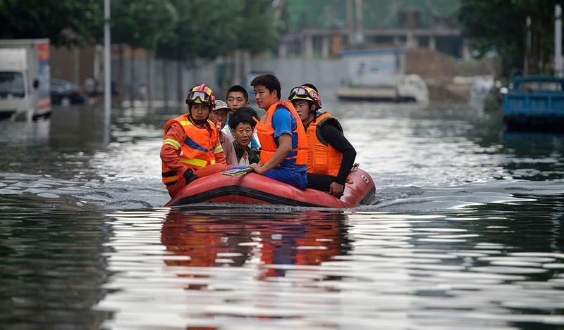 Lũ lụt Trung Quốc diễn biến xấu: Ông Tập lên tiếng  - ảnh 1