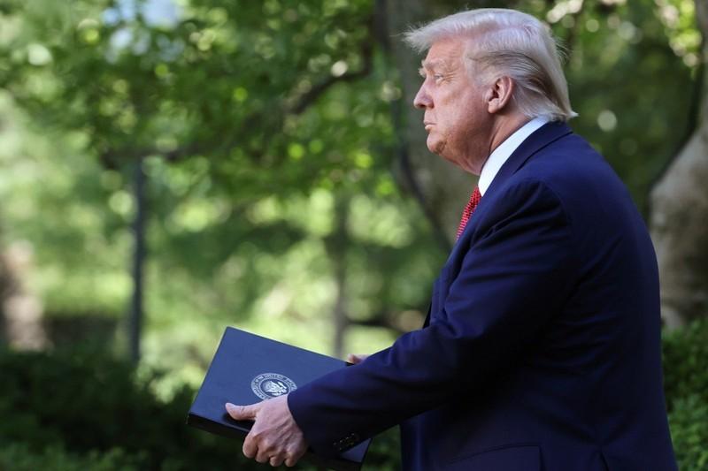 Ông Trump ký luật răn đe Trung Quốc, bỏ ưu đãi cho Hong Kong  - ảnh 1
