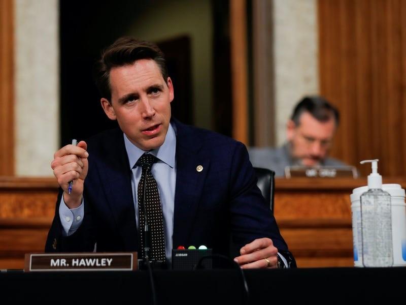 Mỹ sắp bỏ phiếu dự luật cấm nhân viên liên bang sử dụng TikTok - ảnh 1