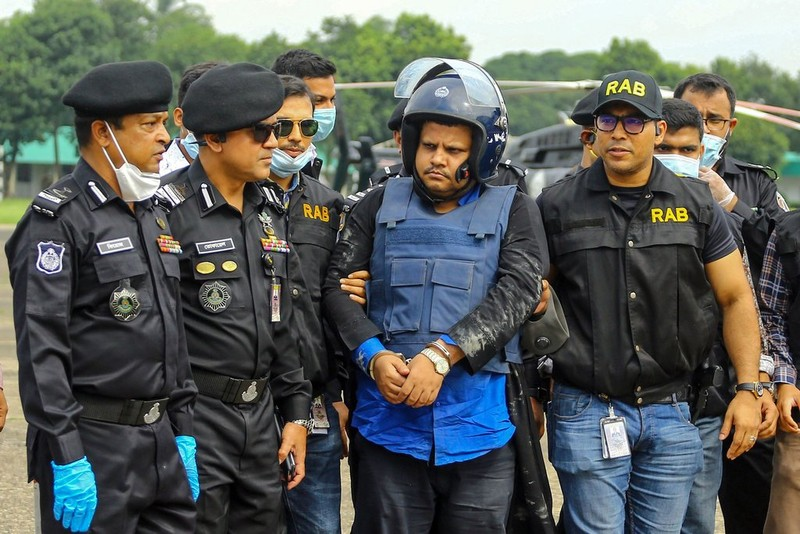 Giấy xét nghiệm âm tính COVID-19 giả 'bán chạy' tại Bangladesh - ảnh 1