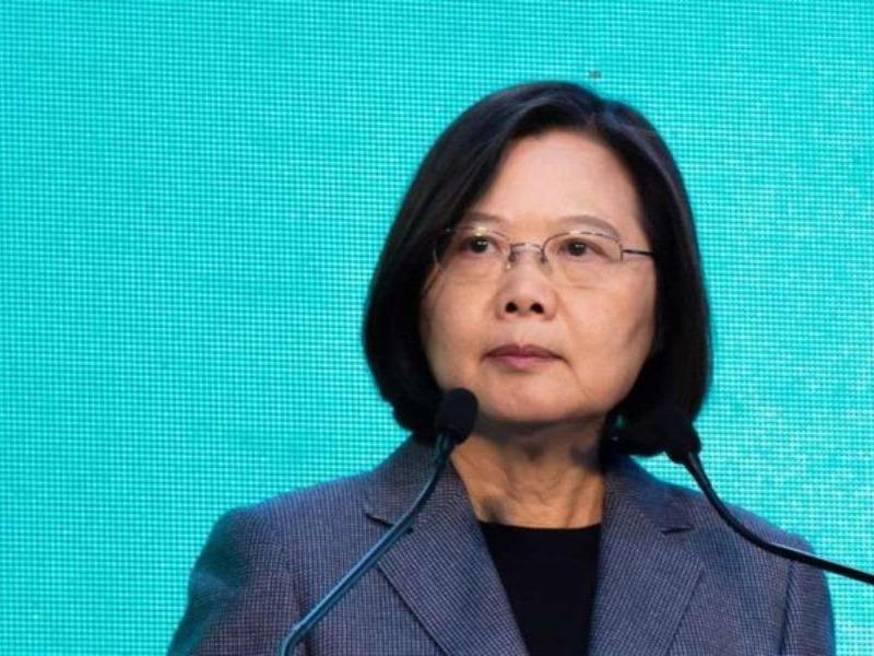 Đài Loan dọa ngừng cấp phép làm việc cho quan chức Hong Kong  - ảnh 1