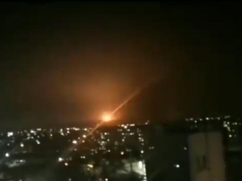 Syria đánh chặn tên lửa nhắm vào các căn cứ liên quan tới Iran - ảnh 2