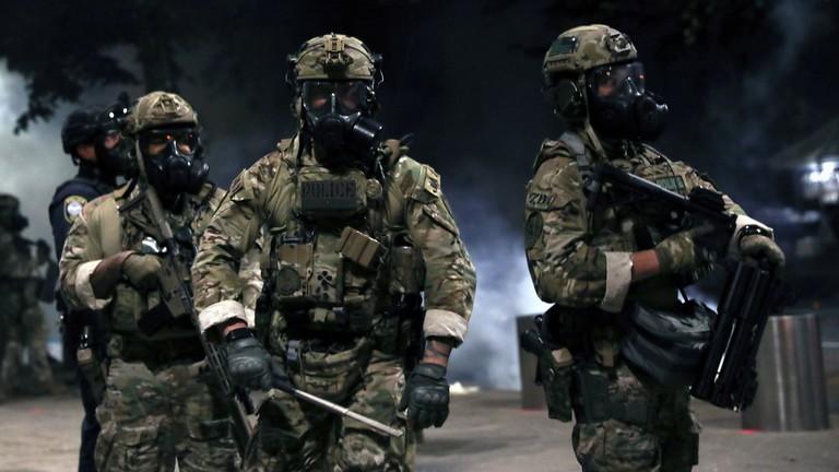 Cảnh sát Mỹ bị tố tấn công phóng viên Nga - ảnh 1