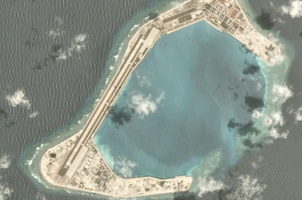 Trung Quốc điều tàu chiến, chiến đấu cơ đến Trường Sa - ảnh 1