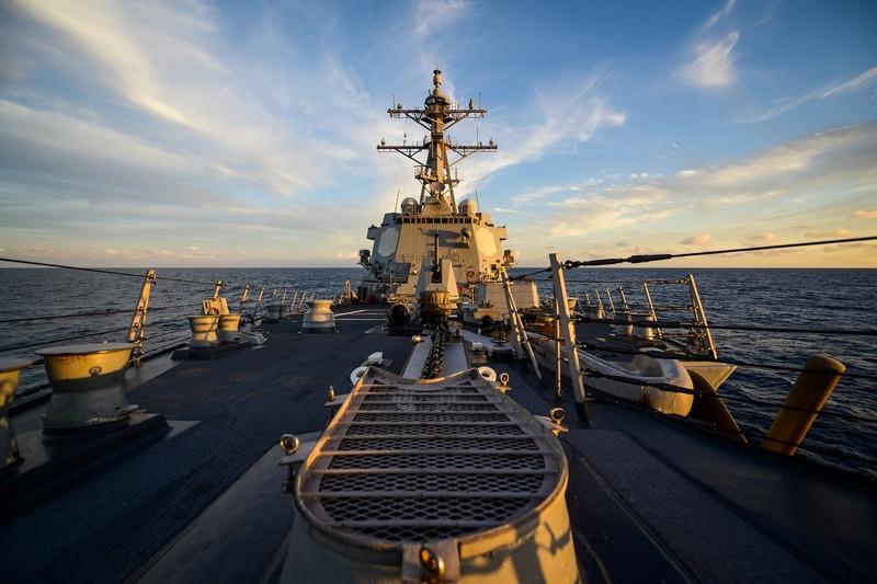 Hoả lực vượt trội của quân đội Mỹ dần vây quanh Trung Quốc - ảnh 1