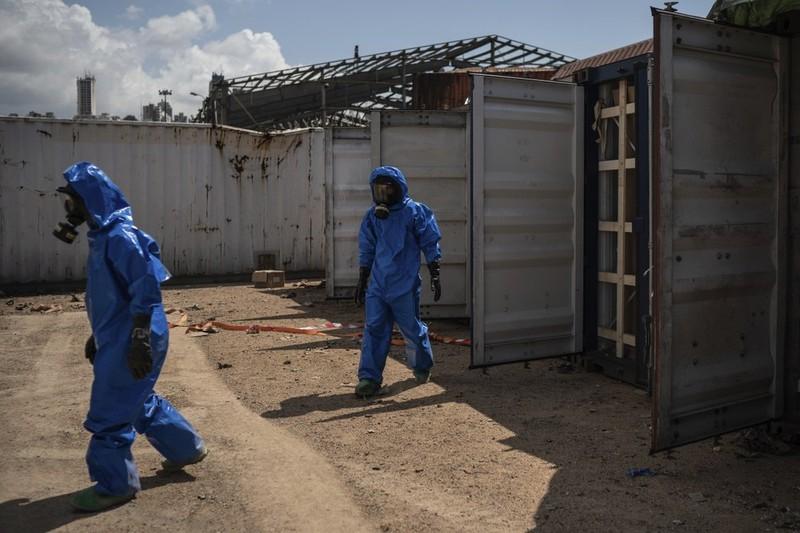 Còn hơn 20 container hóa chất nguy hiểm ở cảng Beirut - ảnh 3