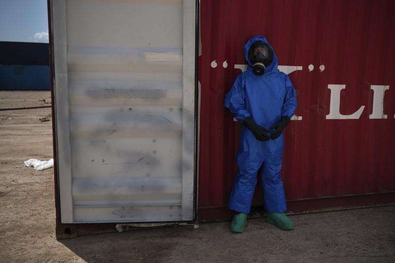 Còn hơn 20 container hóa chất nguy hiểm ở cảng Beirut - ảnh 2