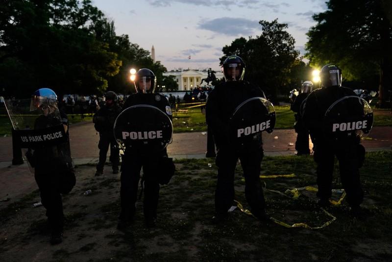 Mật vụ Mỹ yêu cầu trực thăng để bảo vệ ông Trump tại Nhà Trắng - ảnh 1